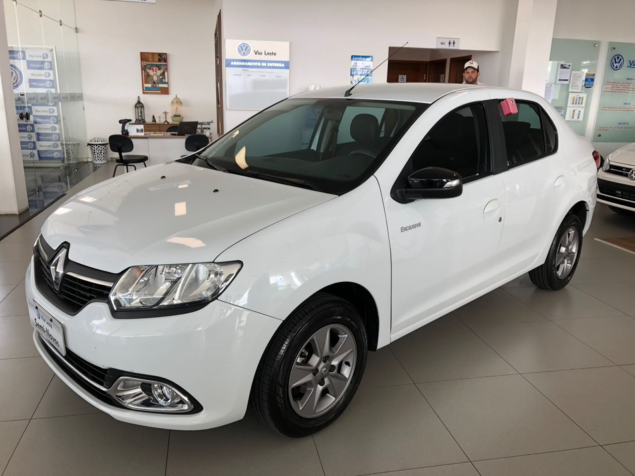 RENAULT LOGAN EXCLUSIVE<br>R$ 34.900,00