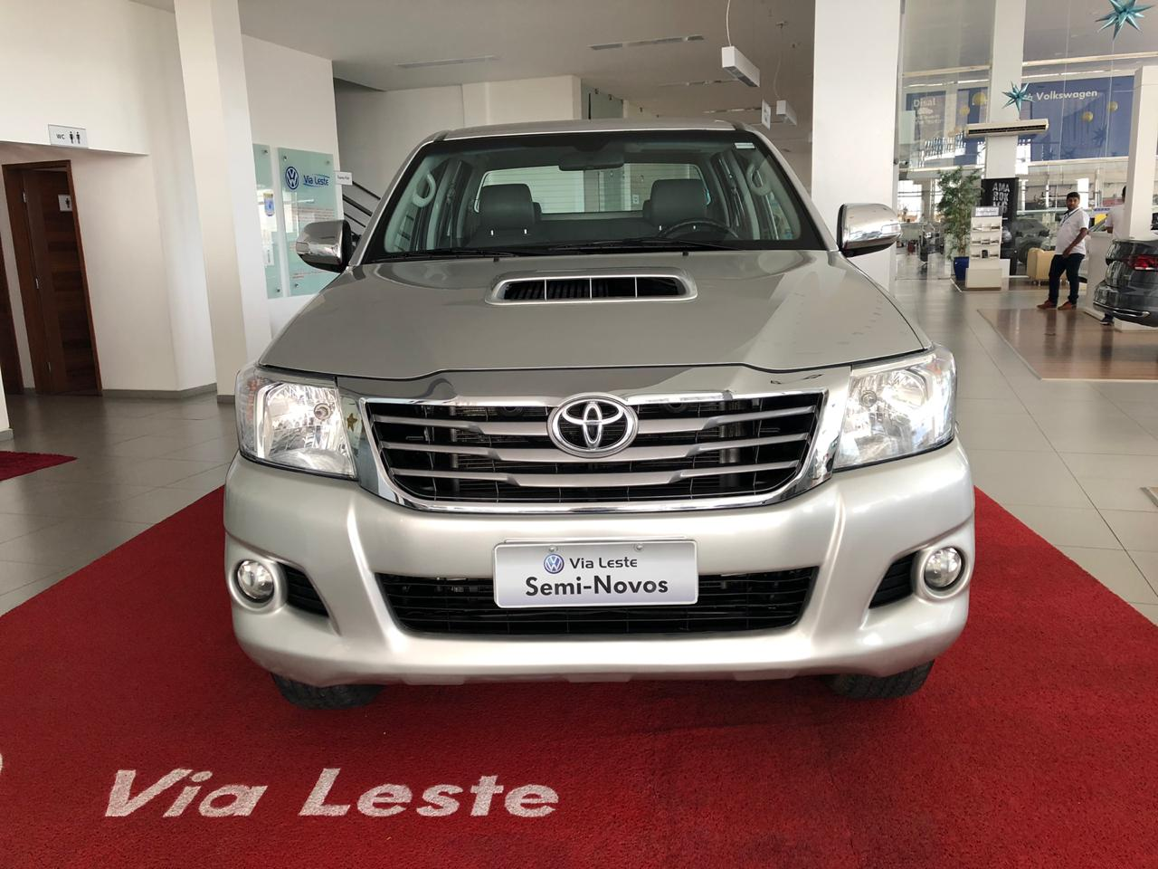 TOYOTA HILUX SRV <br>R$ 119.900,00