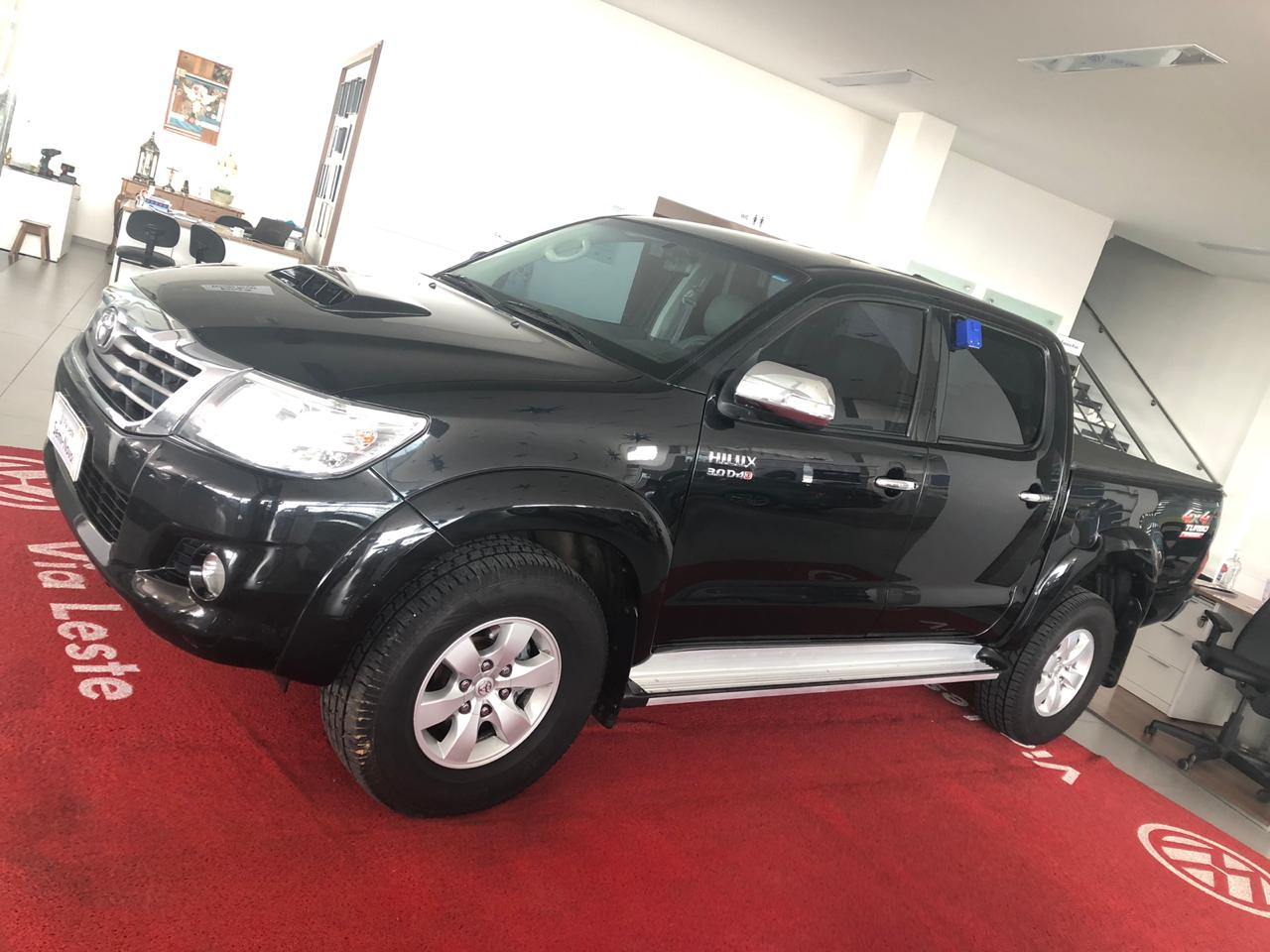 TOYOTA HILUX SRV <br>R$ 105.900,00
